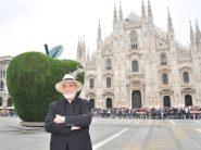 Milano - Michelangelo Pistoletto, la Mela reintegrata