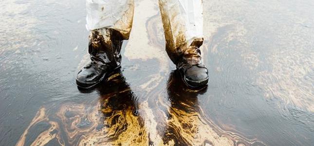 Il PIL mondiale del petrolio è di 3 milioni di bilioni di dollari