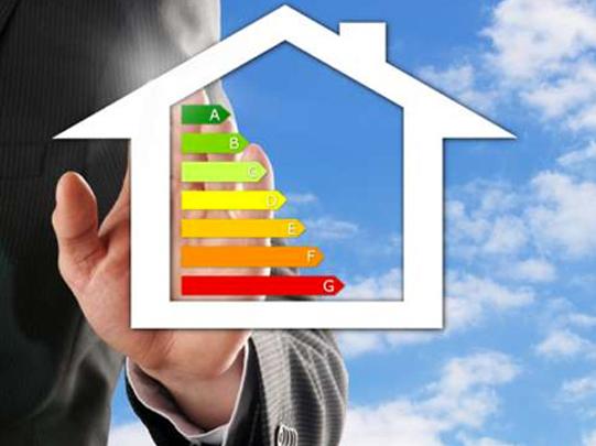 L'Efficienza energetica si ha con l'intervento su impianti e involucro edilizio