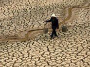 Clima, il 30% del Mondo non ha l'acqua potabile e noi ci laviamo le strade
